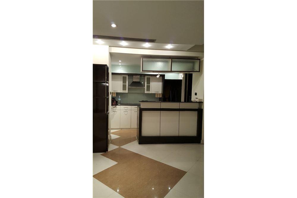 RE/MAX Properties Agency's SALE Baan Piya Sathorn 2BED 137SQM. 12