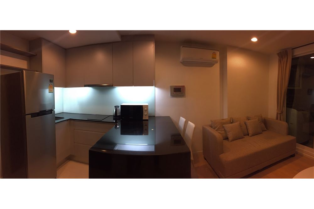 RE/MAX Executive Homes Agency's Spacious 1 Bedroom for Rent 15 Sukhumvit Residence 5