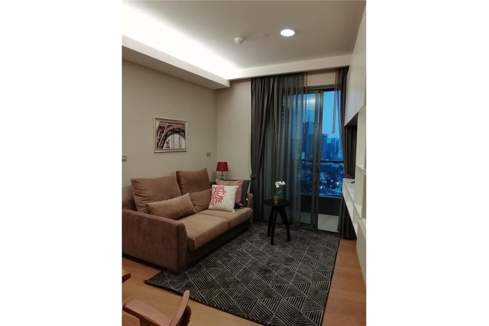 RE/MAX Executive Homes Agency's Nice 2 Bedroom for Rent Lumpini 24 1