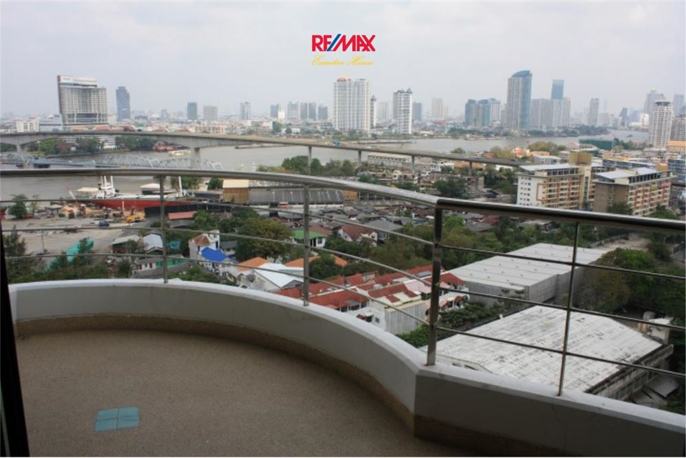 RE/MAX Executive Homes Agency's 2 Bedroom for Rent and Sale Supalai Casa Riva 12