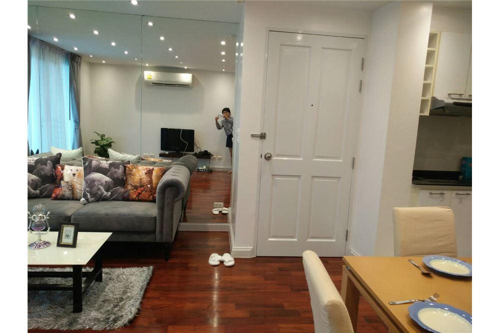 RE/MAX Properties Agency's 49 Plus 2bedroom 2