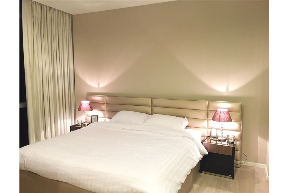 RE/MAX Properties Agency's RENT The room sukhumvit 21 1BED 50SQM. 11
