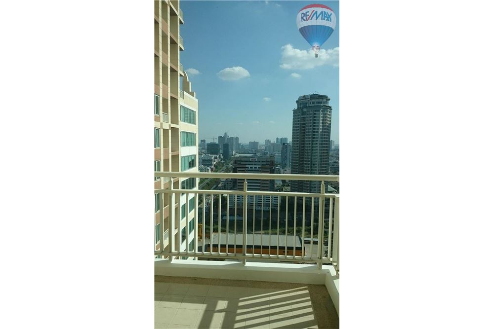 RE/MAX Properties Agency's For Rent The Empire Place Sathorn - Bangkok 9