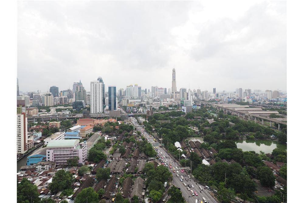 RE/MAX Properties Agency's RENT Circle Condominium 3BED 176.09SQM. 4