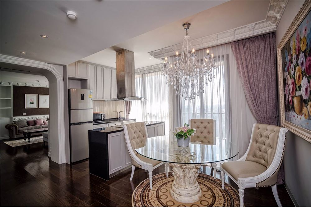 RE/MAX Executive Homes Agency's Stunning 3 Bedroom for Sale Lumpini 24 10