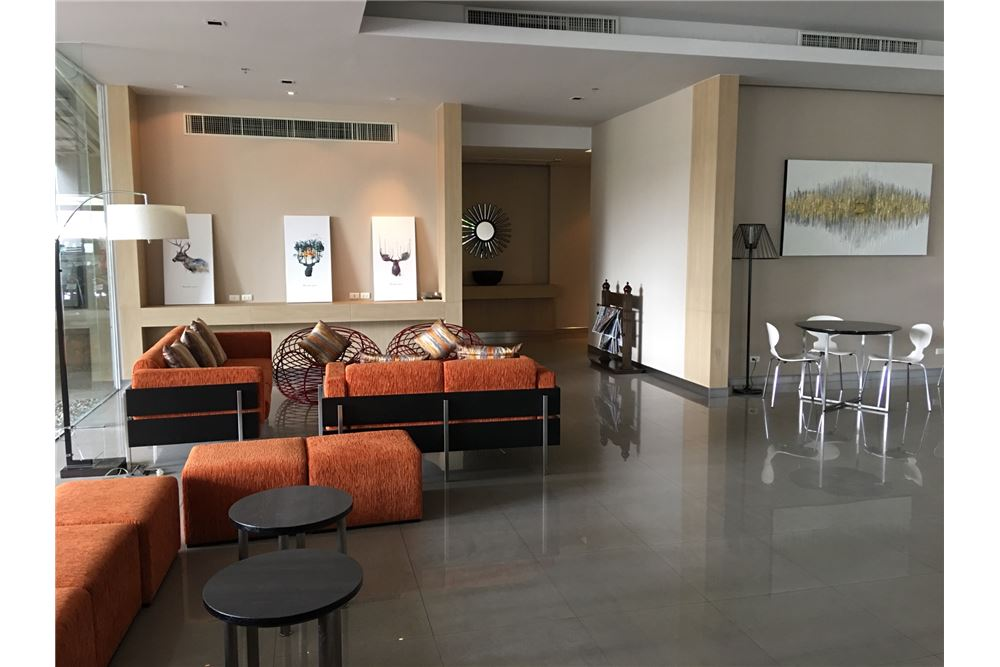 RE/MAX Properties Agency's Condo One X Sukhumvit 26 1BED 35SQM. 8