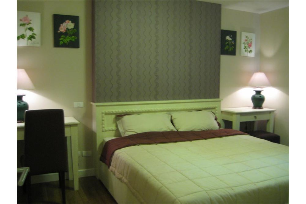 RE/MAX Executive Homes Agency's NICE 1 BEDROOM FOR RENT THE CLOVER, @ THONG-LOR 4