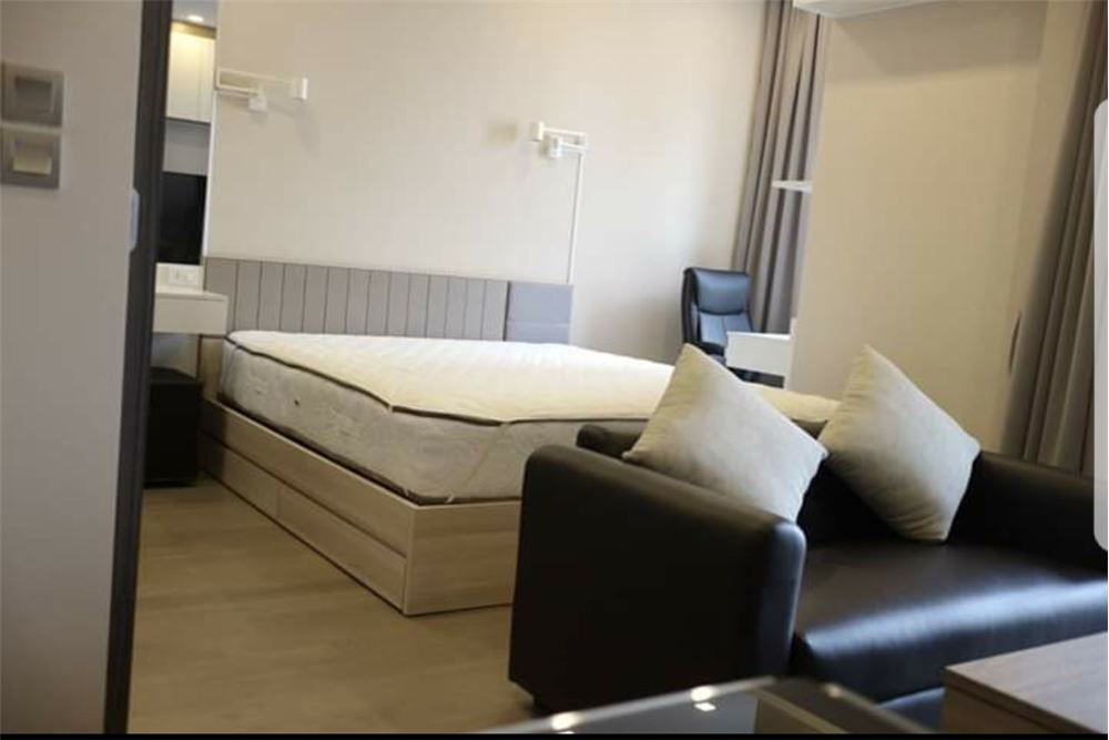 RE/MAX Executive Homes Agency's Nice 1 Bedroom for Rent Ashton Asoke 5