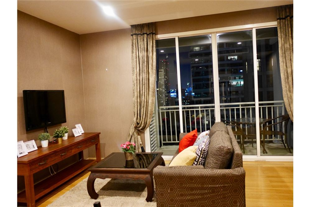 RE/MAX Properties Agency's 2 Beds for rent @ 39 by Sansiri 3