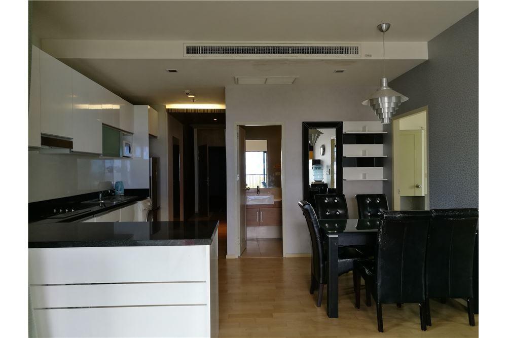 RE/MAX Properties Agency's Noble Reveal 2bedroom 17