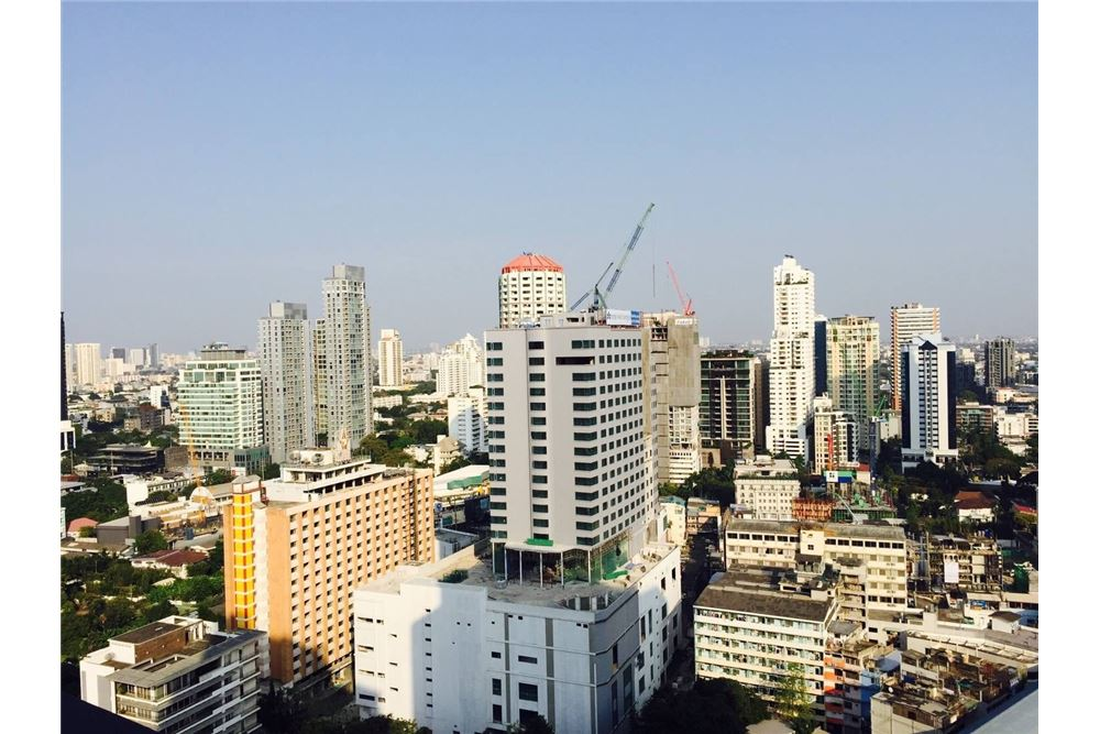 RE/MAX Properties Agency's 1 bed for rent 35,000 at Keyne by Sansiri 3