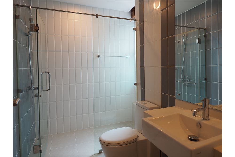 RE/MAX Properties Agency's RENT Circle Condominium 3BED 176.09SQM. 16