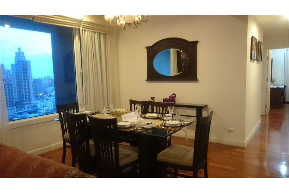 RE/MAX Executive Homes Agency's Lovely 2 Bedroom for Sale Siri Residence 6