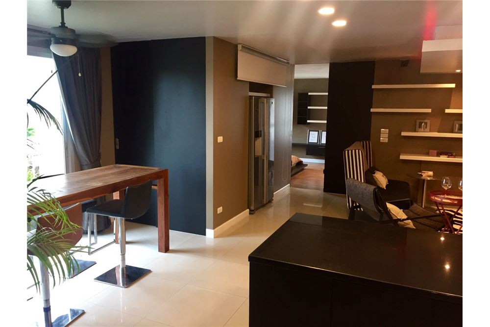RE/MAX Executive Homes Agency's Beautiful 3 Bedroom for Sale The Clover Thonglor 1