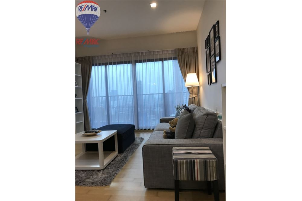 RE/MAX Properties Agency's FOR SALE NOBLE REVEAL 2 BEDS 75 SQM 4