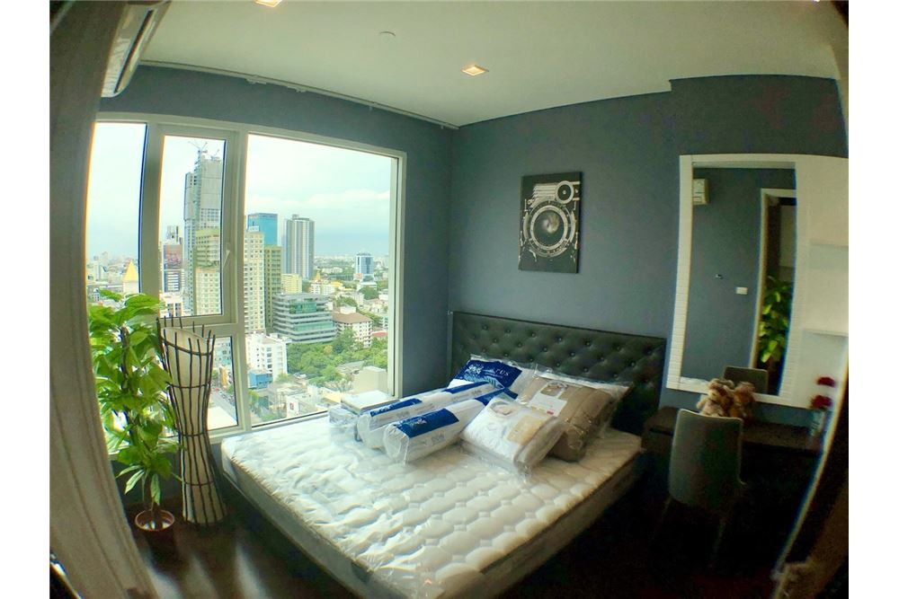 RE/MAX Executive Homes Agency's Spacious 2 Bedroom for Rent Ivy Thonglor 5
