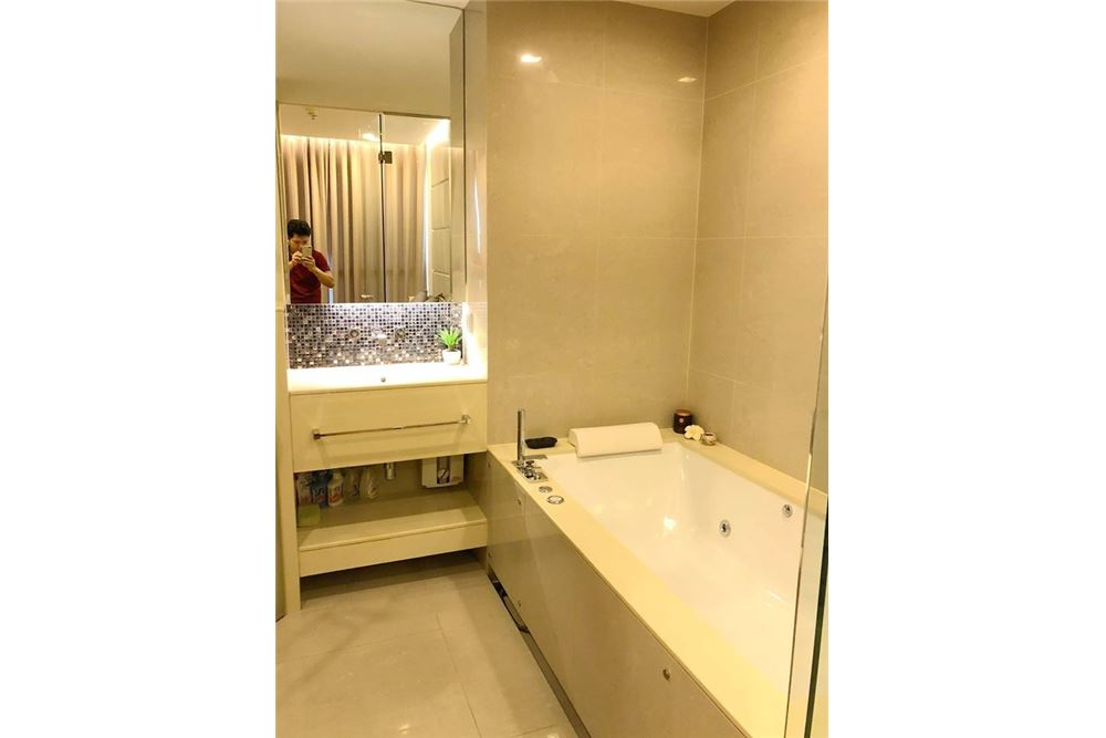 RE/MAX Properties Agency's RENT The Address Asoke 1BED 36SQM. 14