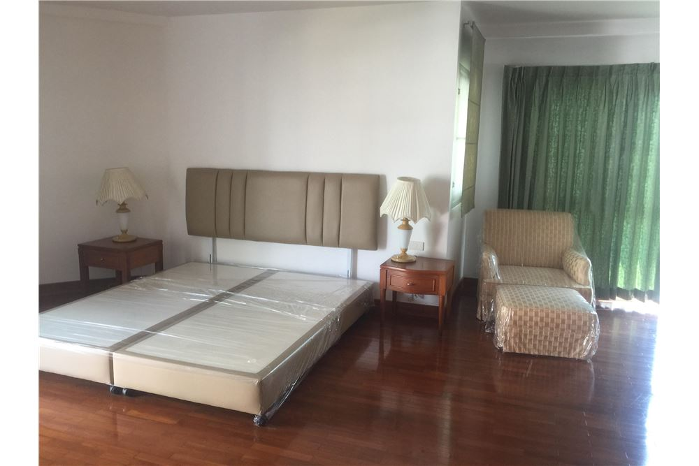 RE/MAX Executive Homes Agency's 3bedroom 2 bath for rent, Thong lo, BTS,Sukhumvit 1