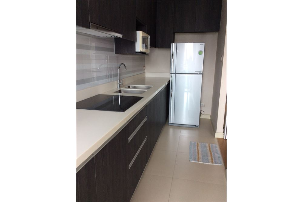 RE/MAX Executive Homes Agency's Nice 2 Bedroom for Rent Tidy Thonglor 34 5
