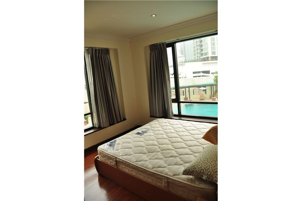 RE/MAX Properties Agency's RENT Baan Piya Sathorn 2 Bedroom 91SQM. 11