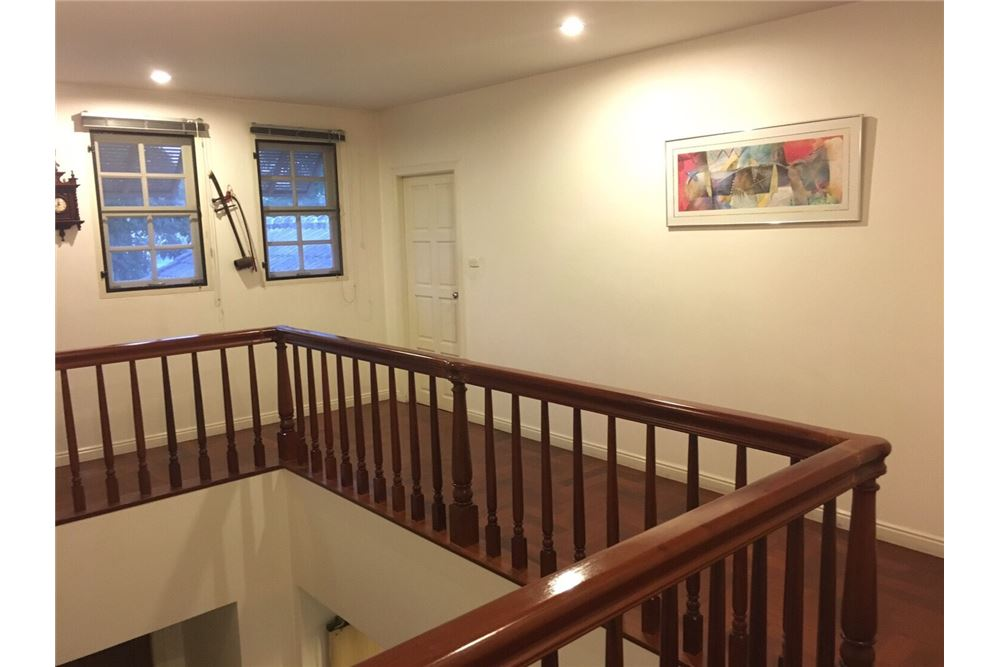 RE/MAX Executive Homes Agency's Single House 4 Beds For Rent in Sukhumvit Soi101 8