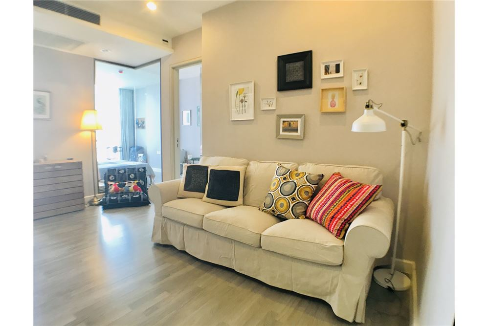 RE/MAX Executive Homes Agency's Brand New 1 Bedroom For Rent The Room Sathorn Pan 1
