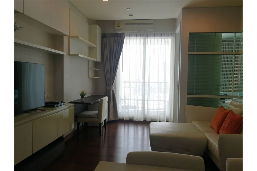 RE/MAX Properties Agency's FOR RENT  IVY THONGLOR   1BED 43.7SQM 2