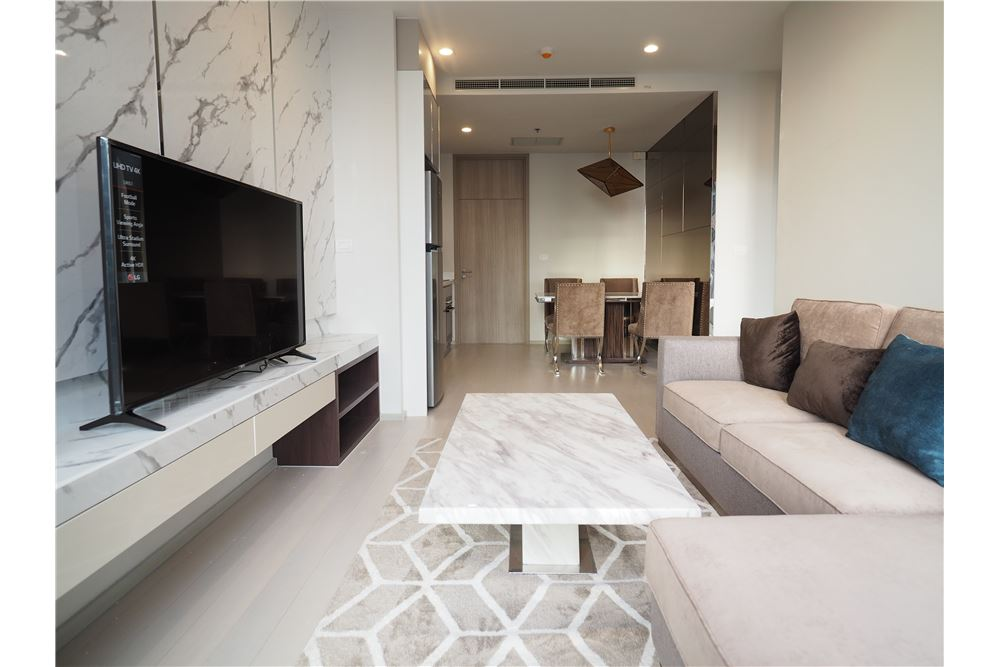RE/MAX Executive Homes Agency's Spacious 2 Bedroom for Rent Noble Phloenchit 2