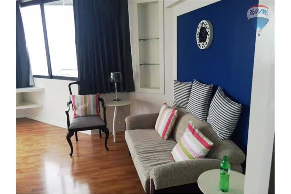 RE/MAX Properties Agency's Condo for  Rent Lake Avenue Sukhumvit 16 1