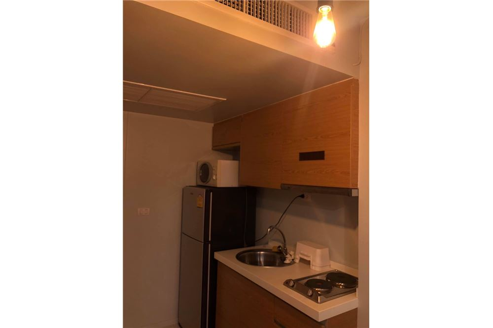 RE/MAX Properties Agency's 1 Bed for rent at 20K!! 11