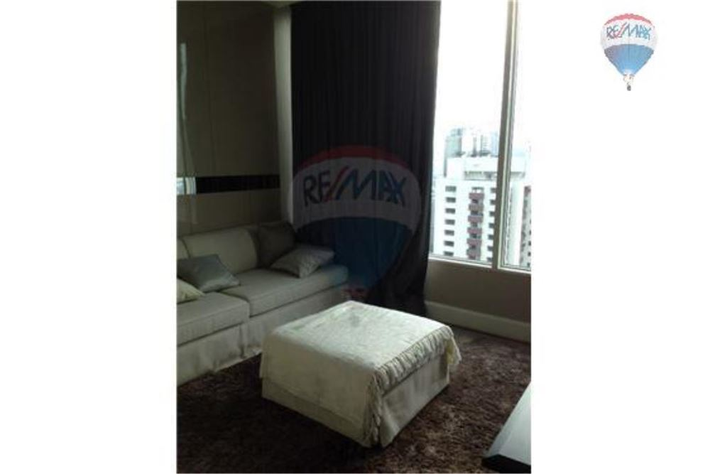 RE/MAX Properties Agency's FOR RENT  ROYCE PRIVATE RESIDENCE  2BED 143SQM 17