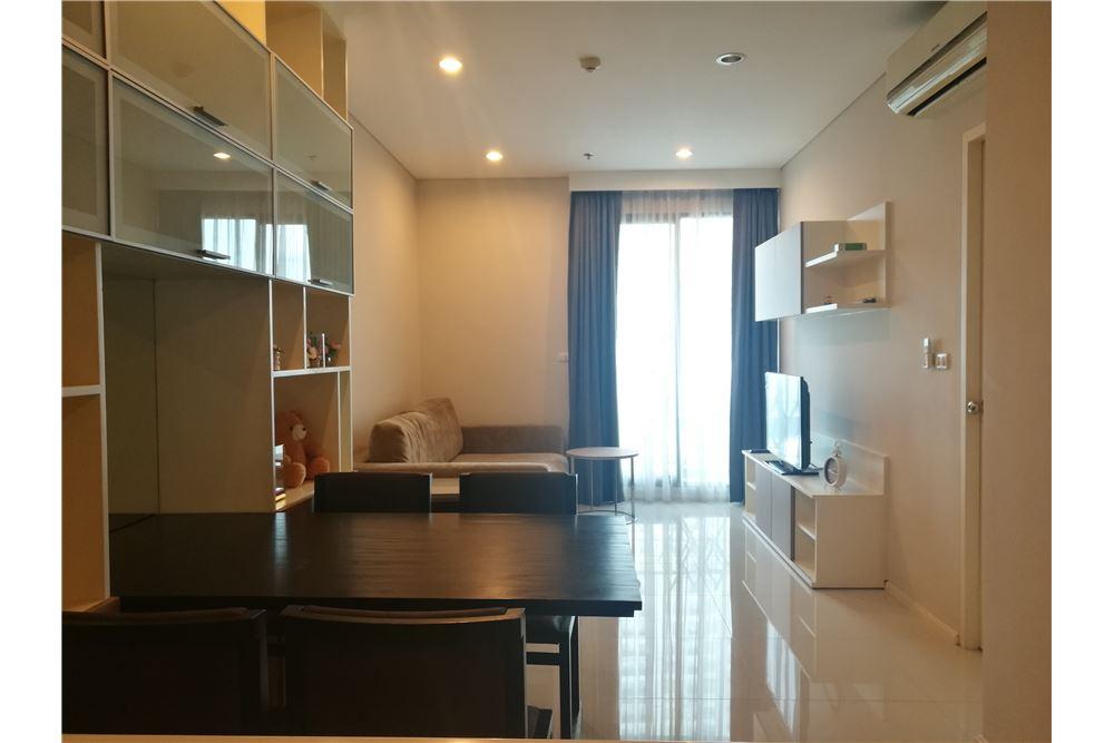 RE/MAX Properties Agency's Villa Asoke 1bedroom 1