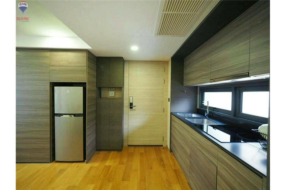 RE/MAX Properties Agency's FOR RENT  KLASS CONDO LANGSUAN  2BED 72.1SQM 4