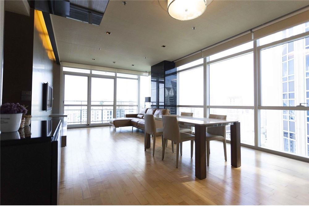RE/MAX Properties Agency's RENT Athenee Residence 2BED 133SQM. 2