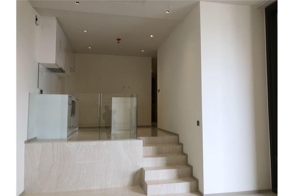 RE/MAX Executive Homes Agency's Nice 2 Bedroom for Sale Ashton Silom 6