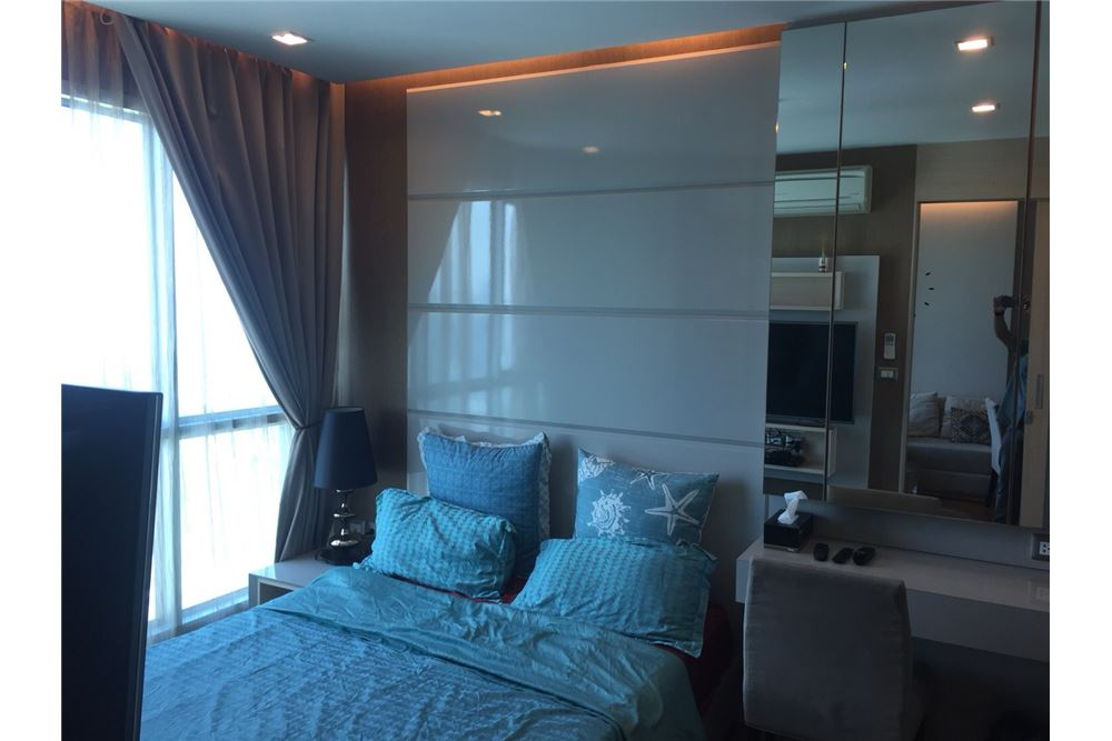 RE/MAX Executive Homes Agency's Nice 1 Bedroom for Sale Address Asoke 4