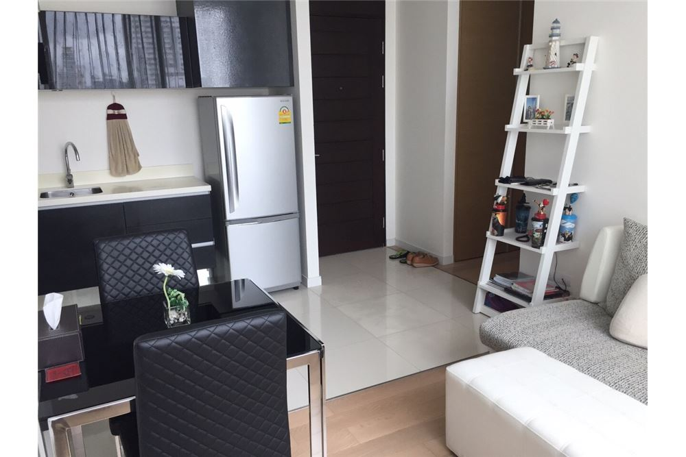 RE/MAX Executive Homes Agency's Spacious 1 Bedroom for Rent Eight Thonglor 5
