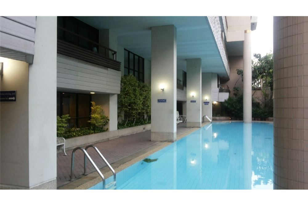 RE/MAX Properties Agency's Condo for Sale Baan Ploenchit ,Pathum Wan, Bangkok 11