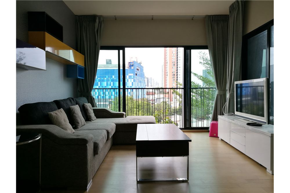 RE/MAX Properties Agency's Noble Reveal 2bedroom 13