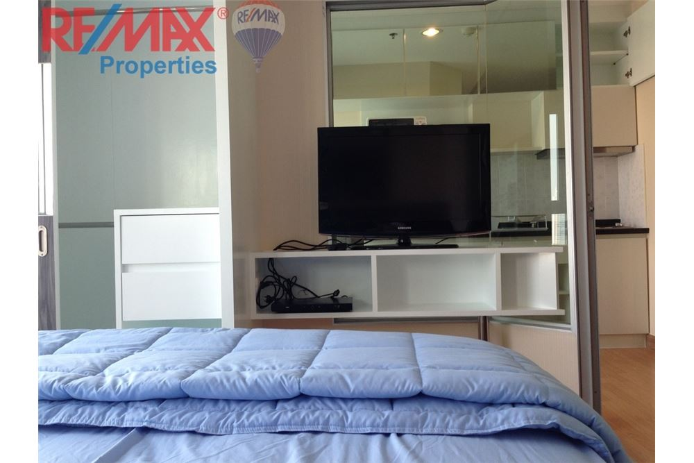 RE/MAX Properties Agency's RENT 1 Bedroom 28 Sq.m at Aspire Rama 4 7