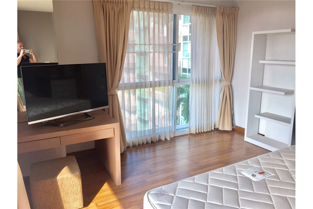 RE/MAX Executive Homes Agency's Beautiful 2 Bedroom for Rent Serene Place 5