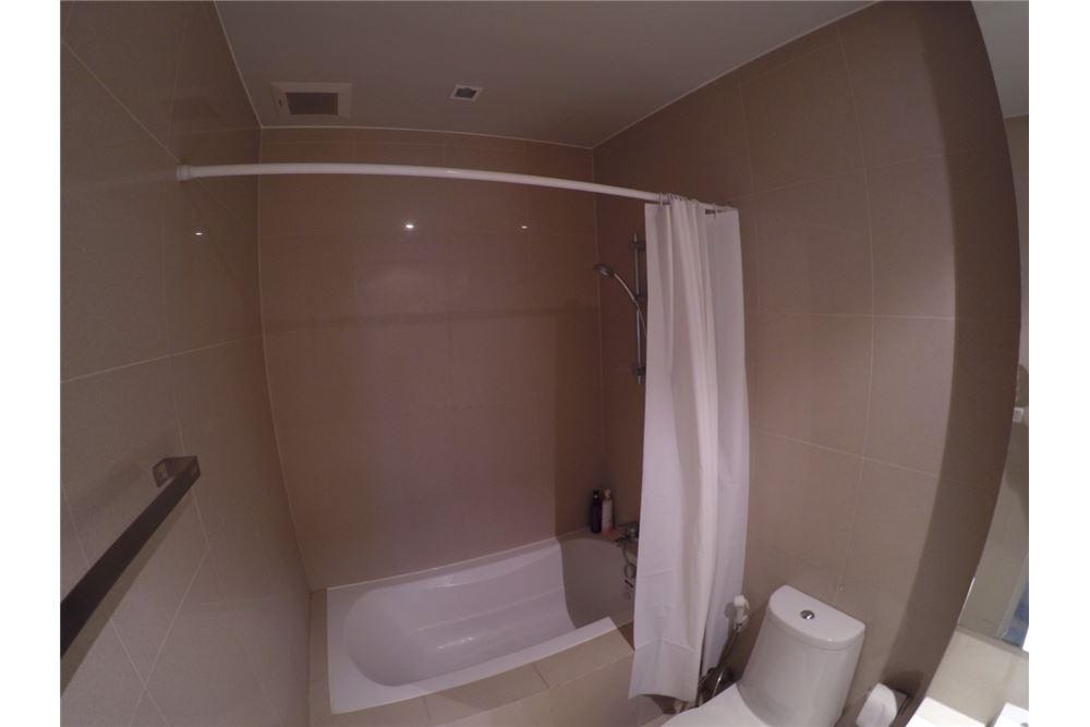 RE/MAX Executive Homes Agency's Cozy Studio type Bedroom for Rent Noble Refine 7