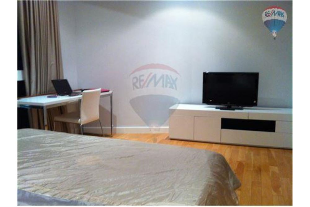 RE/MAX Properties Agency's FOR SALE MILLENNIUM RESIDENCE  1BED 67SQM 2