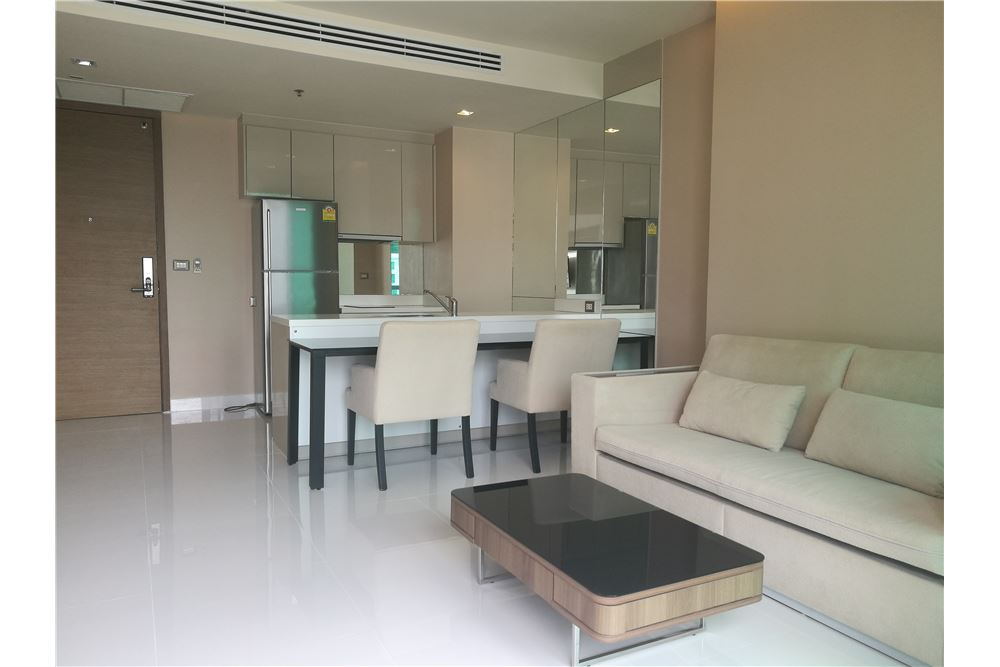 RE/MAX Executive Homes Agency's Spacious 1 Bedroom for Rent Address Sathorn 3