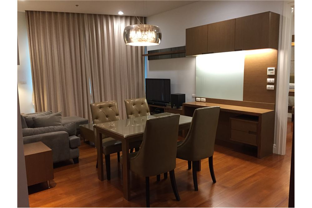 RE/MAX Executive Homes Agency's Spacious 1 Bedroom for Rent Bright 24 4