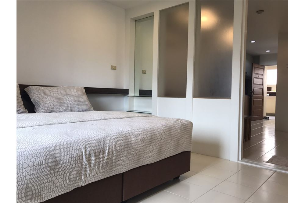 RE/MAX Executive Homes Agency's Apartment 1 Bedroom For Rent in Sukhumvit 26 4