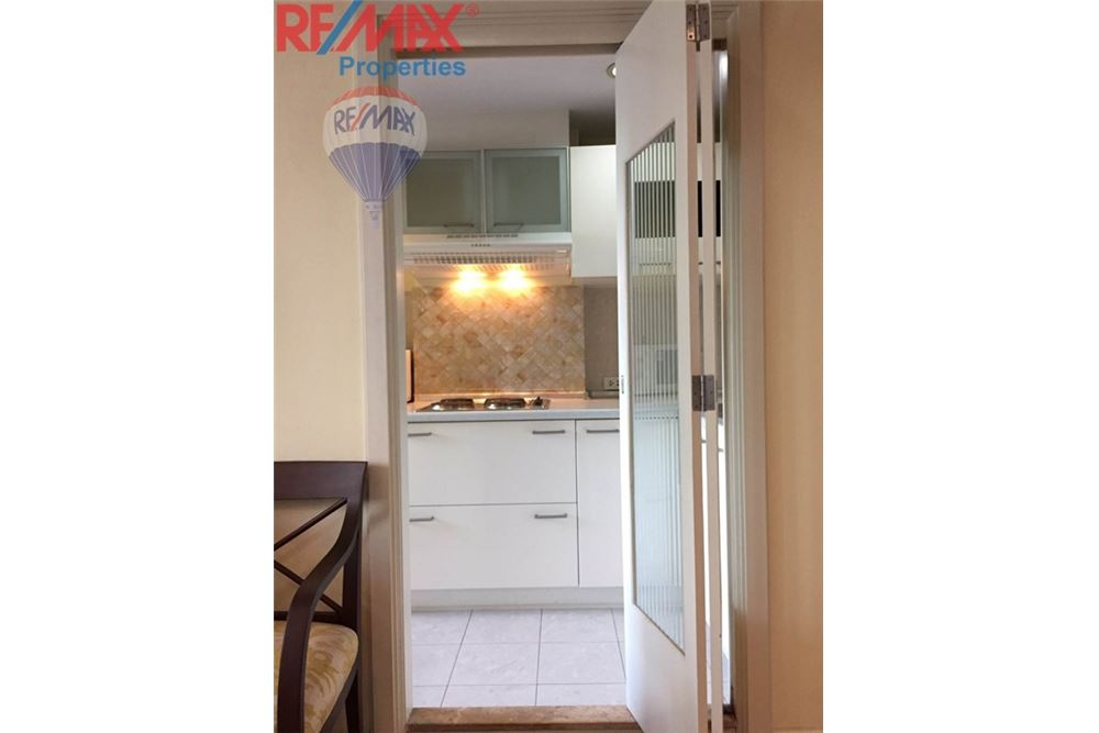 RE/MAX Properties Agency's RENT 1 Bedroom 71 Sq.m at Lumpini Suite Sukhumvit 11