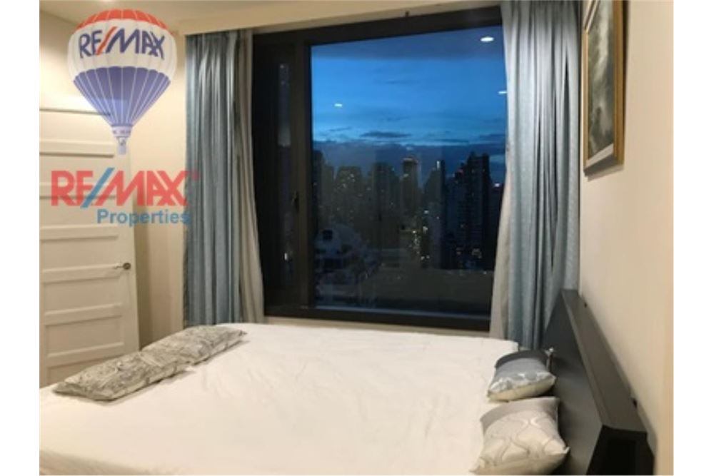 RE/MAX Properties Agency's FOR RENT AGUSTON SUKHUMVIT 22 55 SQM 1 BED 8