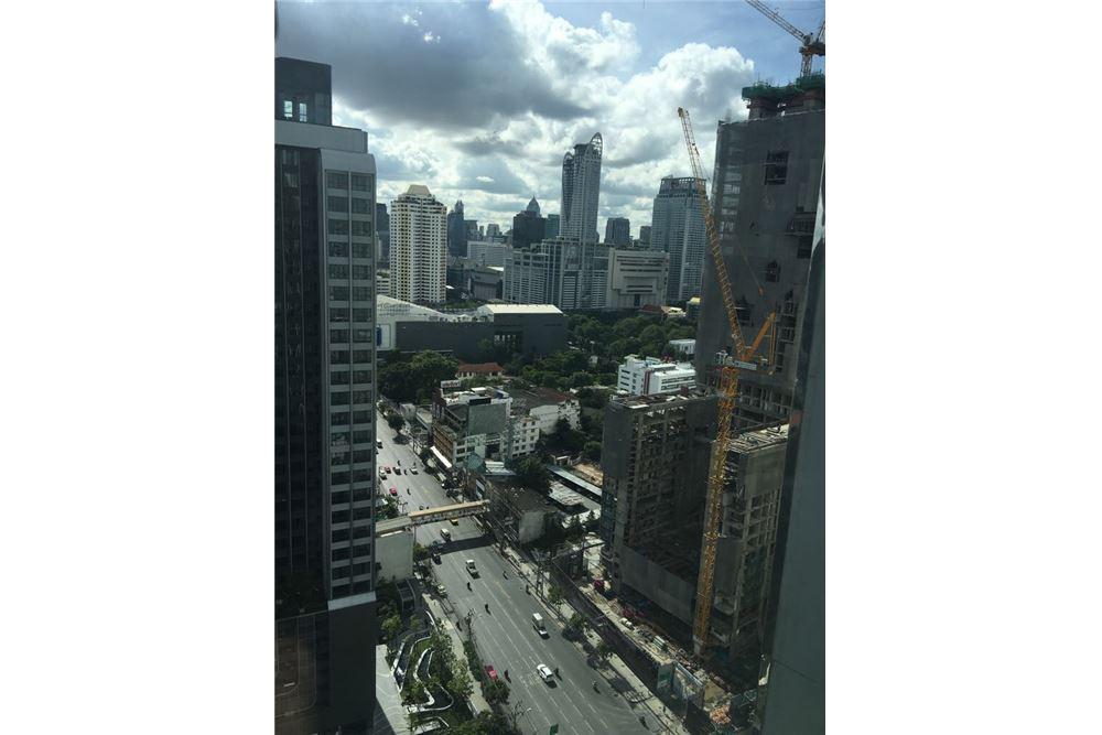 RE/MAX Properties Agency's Rent Ideo Q Ratchathewi 2bedroom on high floor 8