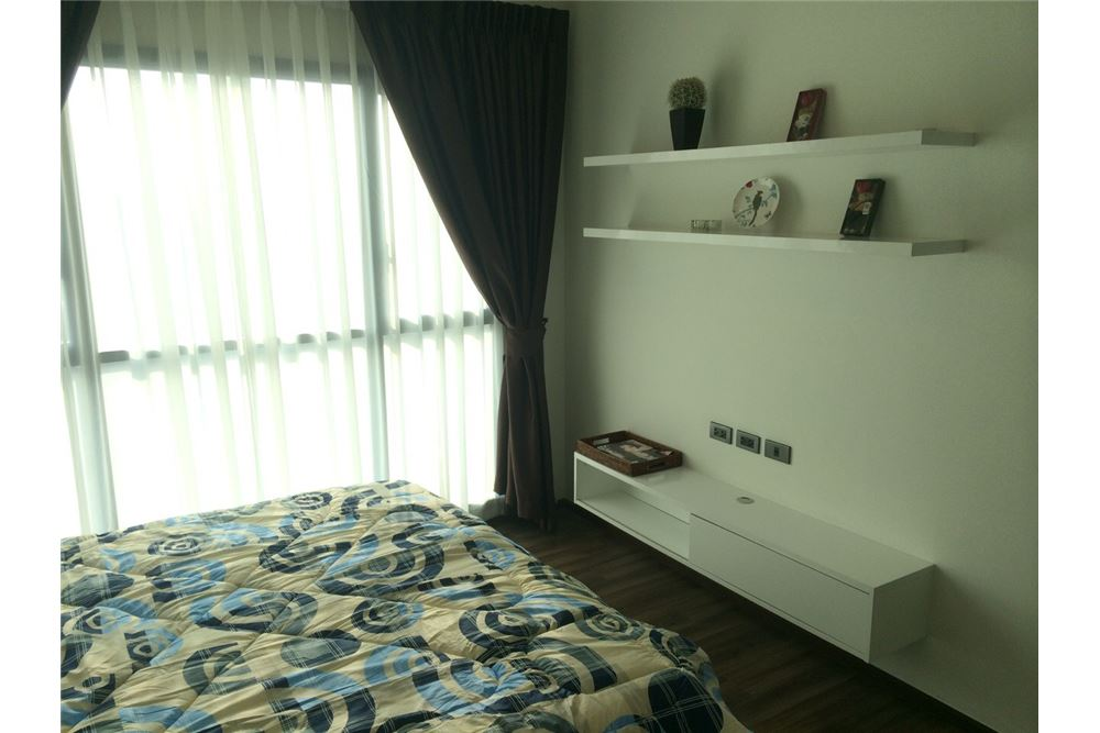 RE/MAX Executive Homes Agency's Nice 1 Bedroom for Sale Wyne Sukhumvit 3